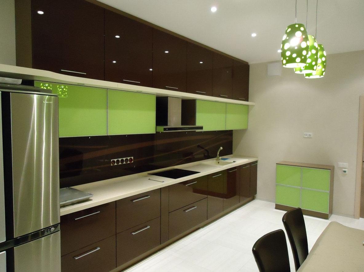 Крашенный фасад кухни
