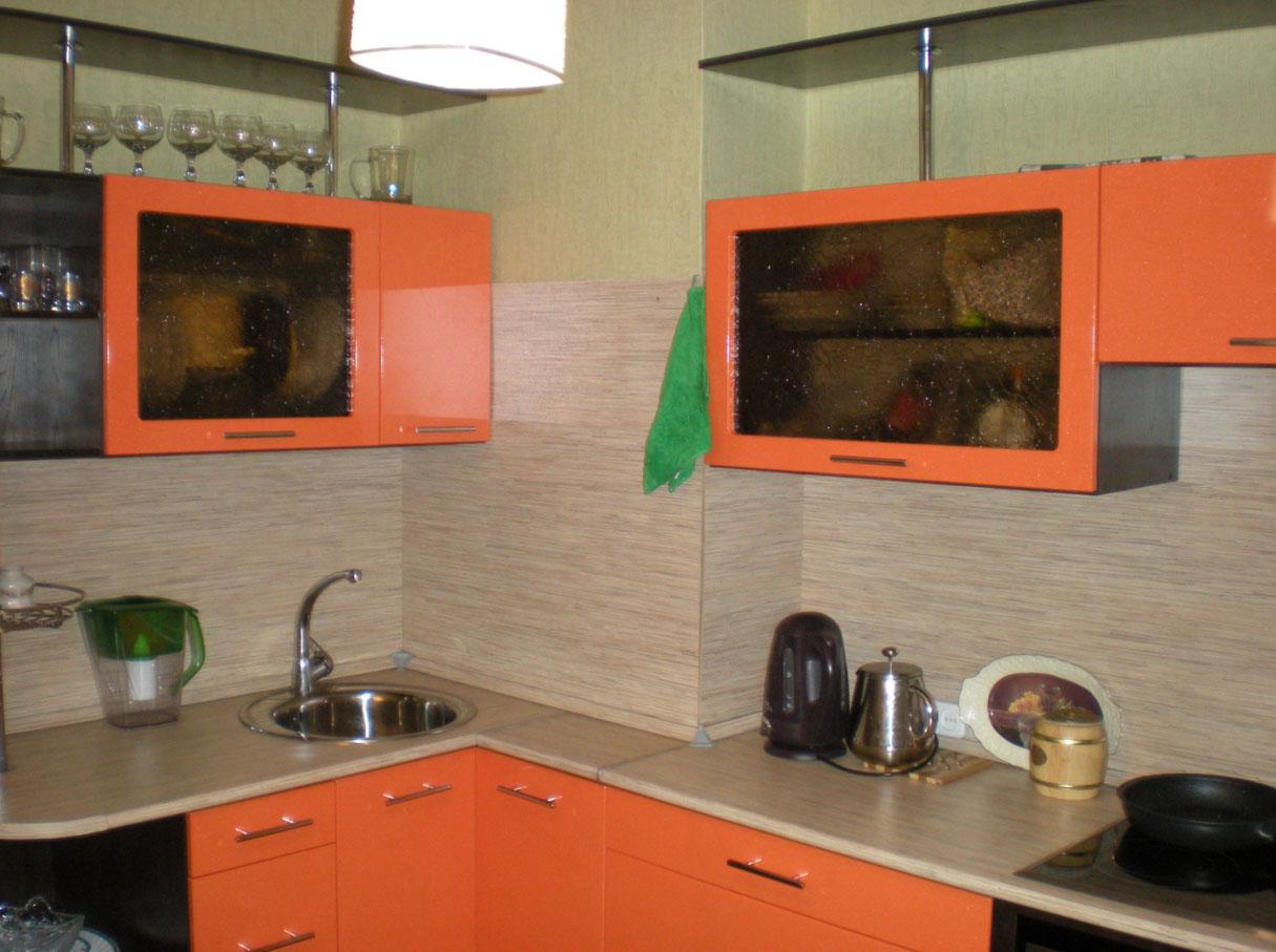 Кухня с вентиляционной шахтой