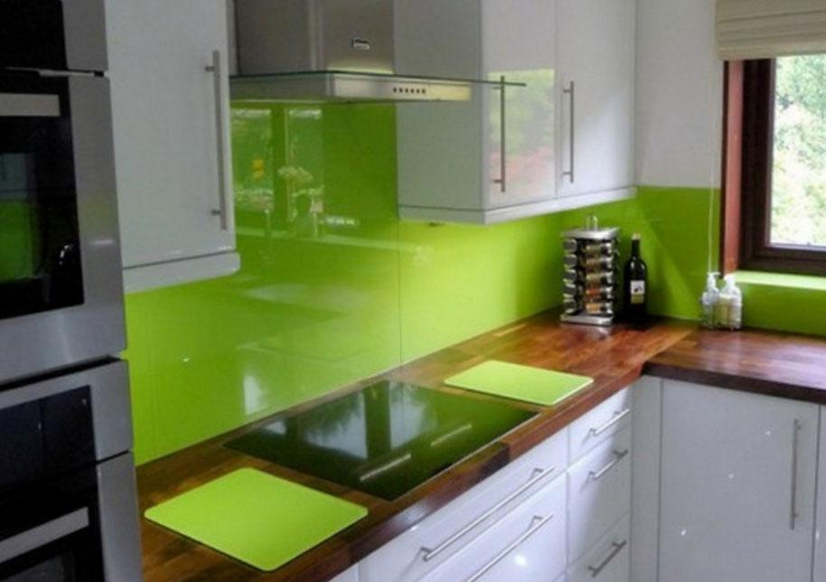 Фартук зеленого цвета