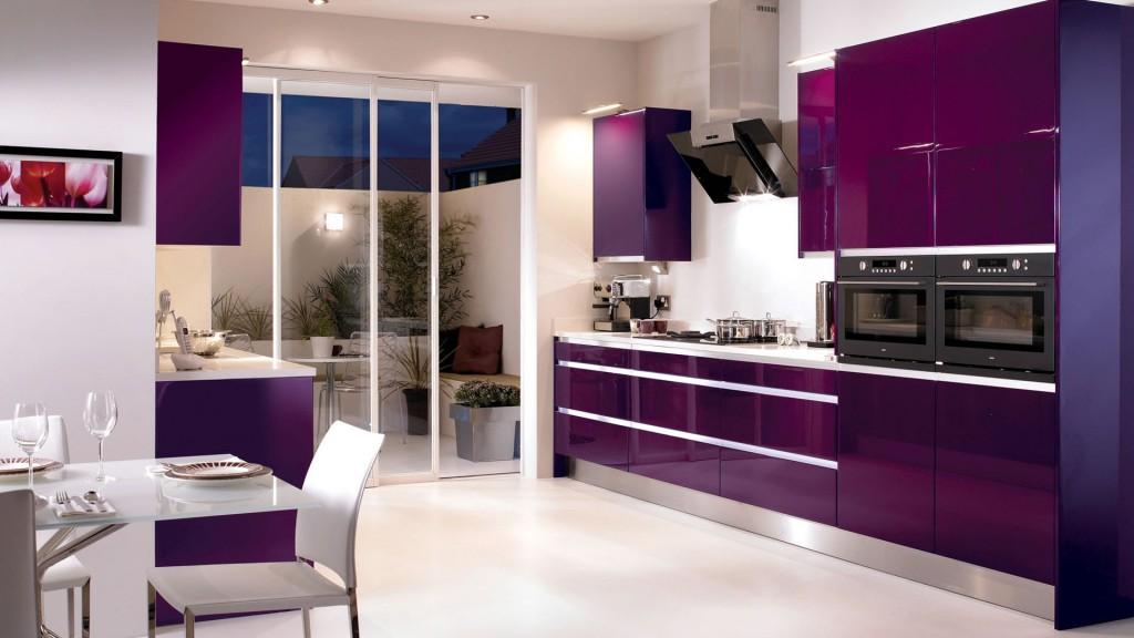 Сочетание баклажанового цвета в интерьере кухни фото