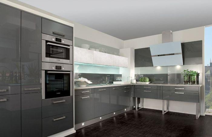 Кухни в серых тонах