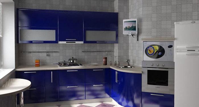 Дизайн синей кухни может быть элегантным и выразительным