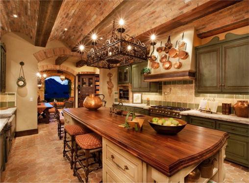 Предметы на кухне в испанском стиле