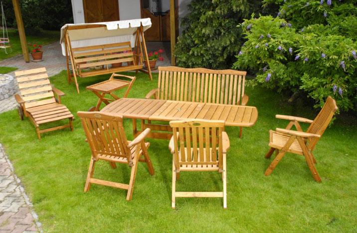 Изготовление дачной мебели из дерева