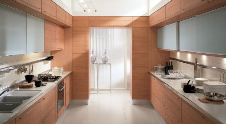 Двухрядная кухня для больших помещений