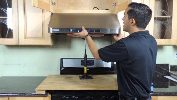 Монтаж кухонной вытяжки своими руками