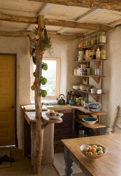 необычный интерьер маленькой кухни