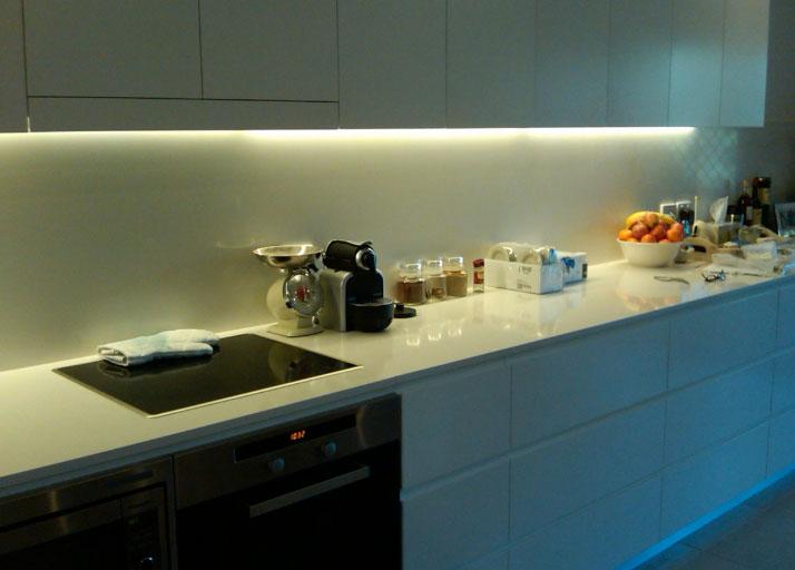подсветка кухонного гарнитура