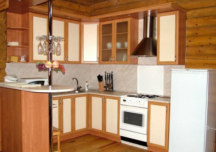Классическая барная стойка на кухне