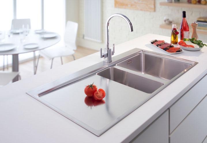 Кухонная раковина в интерьере