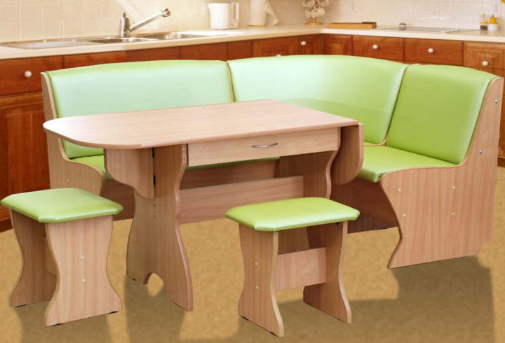 зеленый кухонный уголок