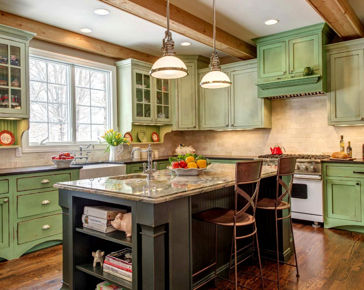 кухня кантри в оттенках зеленого цвета