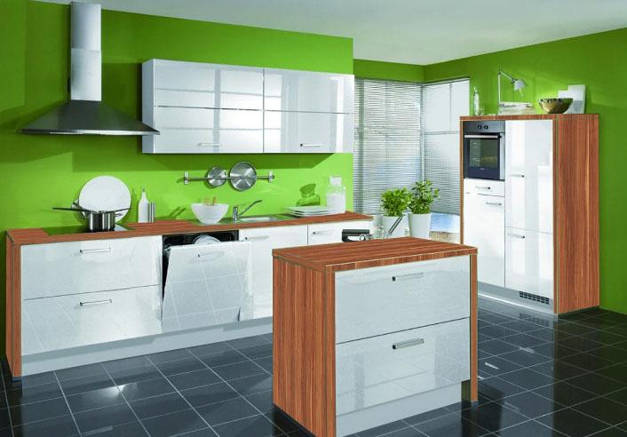 стильная кухня с зеленым цветом
