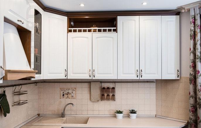 фартук в дизайне кухни