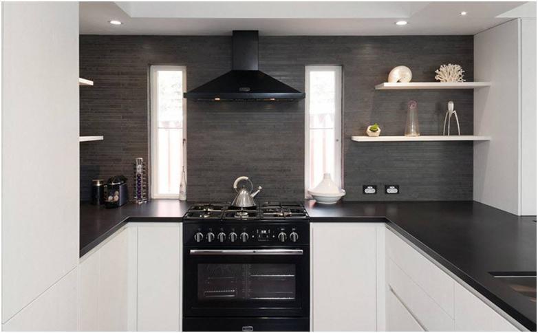 Picture Windows In The Kitchen Design