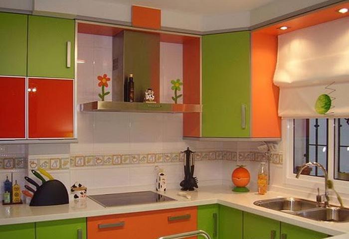 кухня зеленого и оранжевого цвета фото пятна вызываются возбудителями