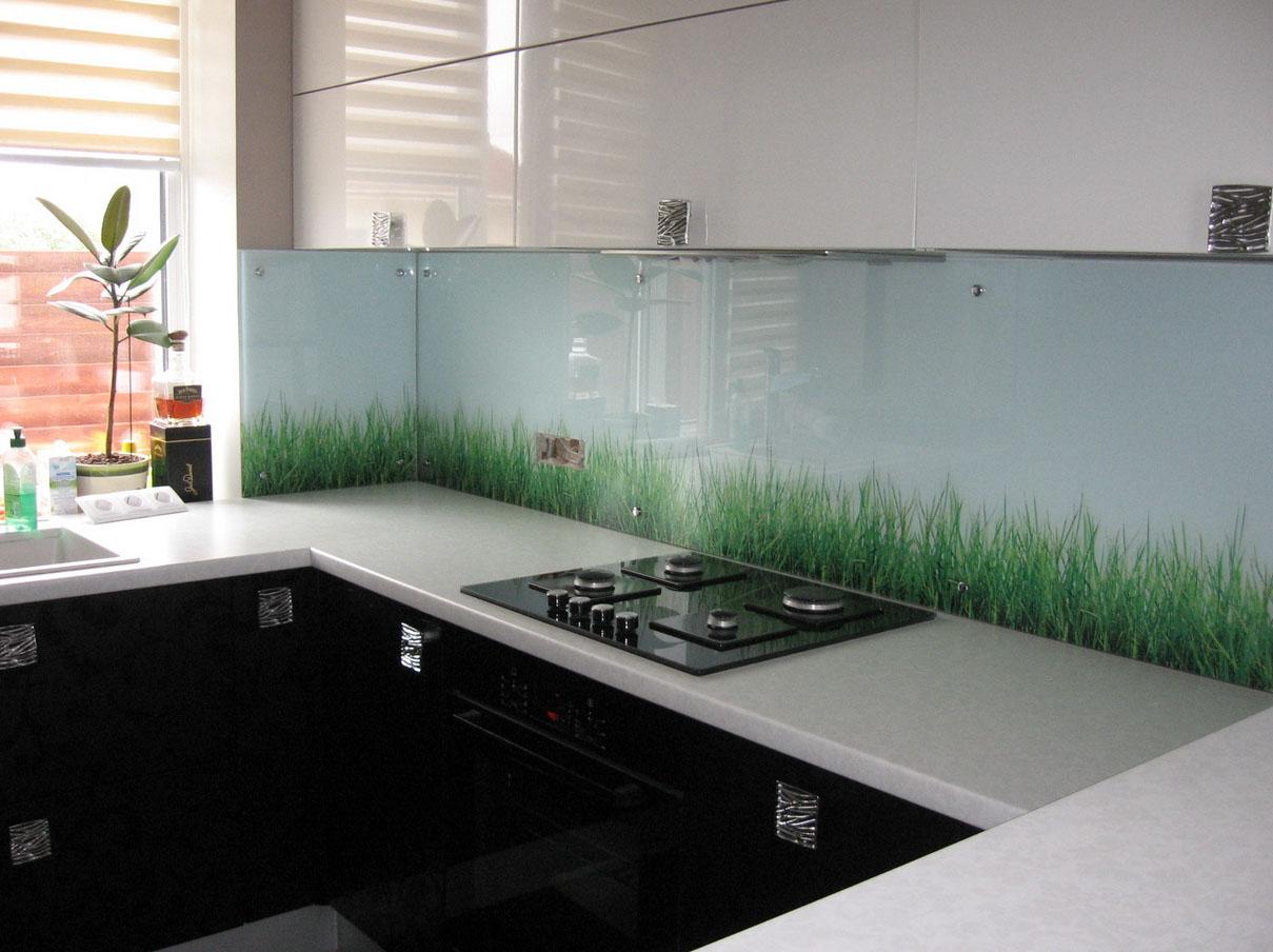 Прихожая и кухня в одной комнате фото его вид