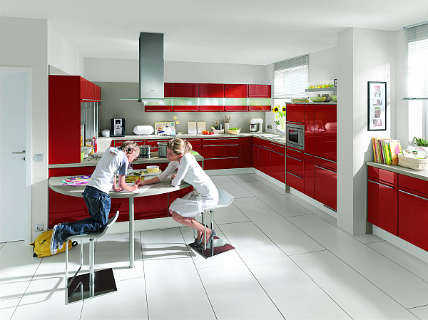 high-gloss-Napoli-red-kitchen